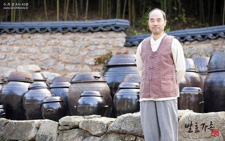 """Trung tuong Yoon """"Hau due mat troi"""": Nguoi cha thang benh tat vi con - Anh 4"""
