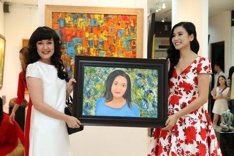 Dien vien Luong Giang: 'Megan Gallery la tam huyet hoi hoa cua toi' - Anh 10