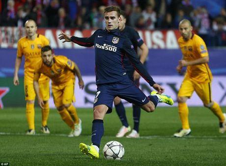 Tu ket Champions League: Loi nguyen co that, Atletico quat do Barcelona - Anh 1