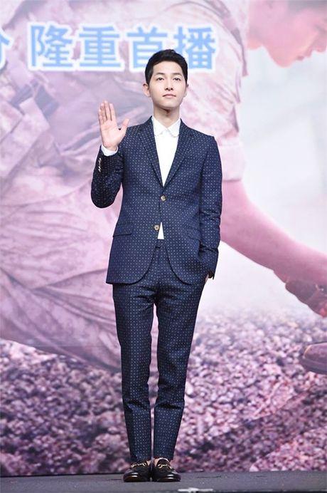 "Style dep den me man cua ""Big Boss"" Song Joong Ki - Anh 3"