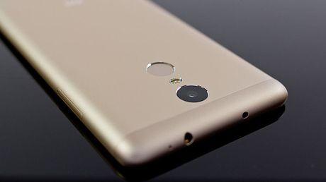 Xiaomi nho nguoi dung dat ten cho dien thoai man hinh 6 inch moi - Anh 1