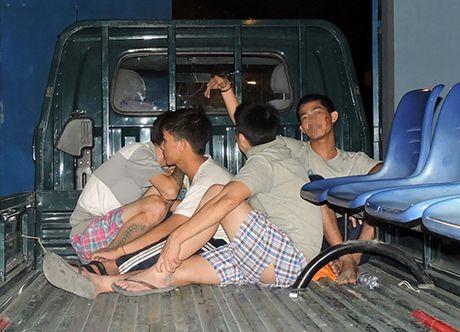 Vu hang tram hoc vien cai nghien bo tron tai Ba Ria - Vung Tau: Dua tro lai bang cach nao? - Anh 1