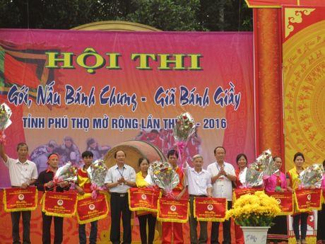 Tung bung 'Hoi thi goi banh chung banh giay 2016' - Anh 1
