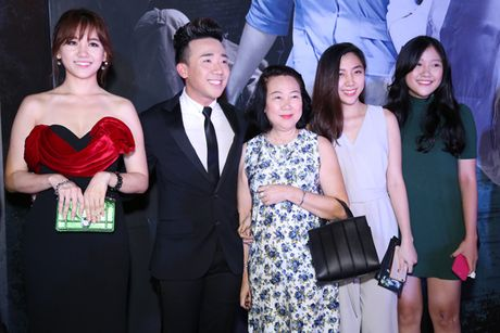 Tran Thanh - Hari Won tinh tu ben nhau trong le ra mat phim 'Benh vien ma' - Anh 4