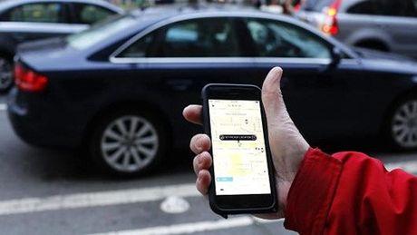 Tai xe Uber mang khach hang ngu - Anh 1