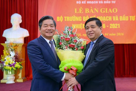 Ngay lam viec cuoi cung cua Bo truong Bui Quang Vinh - Anh 5
