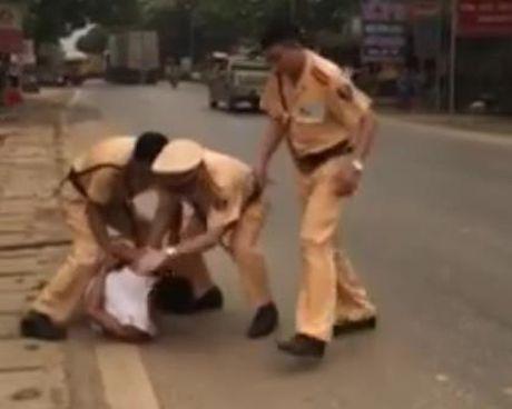 Video no sung bat ke vung dao doi chem CSGT - Anh 1