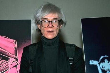 FBI thuong 500 trieu cho ai cung cap tin ve 7 ban in bi danh cap cua nghe si Warhol - Anh 1