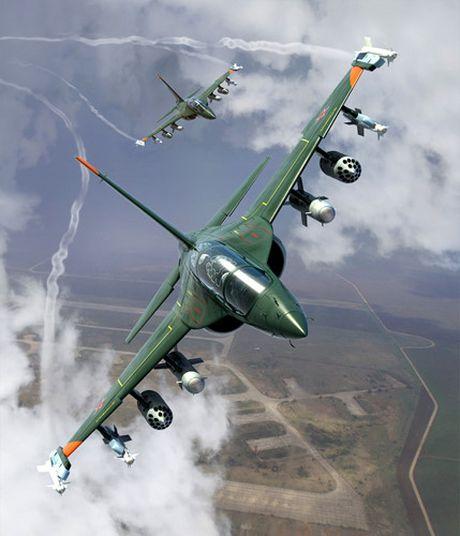 """Chiem nguong may bay huan luyen - tan cong """"2 trong 1"""" Yak-130 cua Nga - Anh 12"""