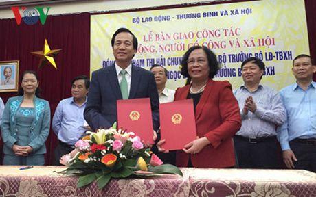 """Tan Bo truong Dao Ngoc Dung: """"Tap trung xu ly truoc cai dang no dan"""" - Anh 2"""
