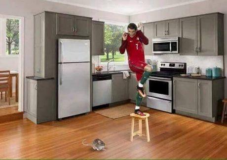 Hanh dong dieu da cua Ronaldo bi che anh khong thuong tiec - Anh 5