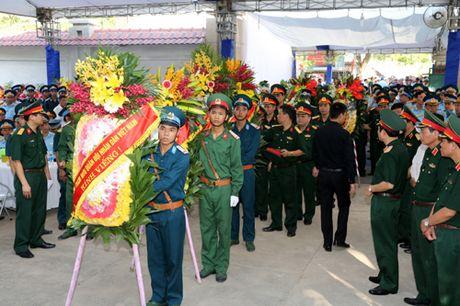 Thu tuong, cac Pho Thu tuong vieng Dai ta liet si Tran Quang Khai - Anh 4