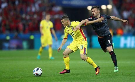 "Anh Euro 2016 Romania 0 - 1 Albania: Tieng noi cua ke ""chieu duoi"" - Anh 10"