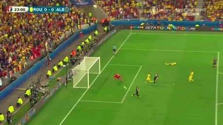 "Anh Euro 2016 Romania 0 - 1 Albania: Tieng noi cua ke ""chieu duoi"" - Anh 5"
