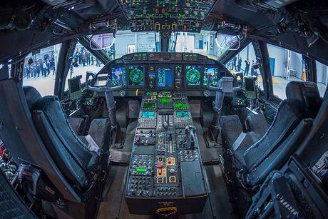 Kho mua C-130, Viet Nam co the chon may bay C-27J? - Anh 10