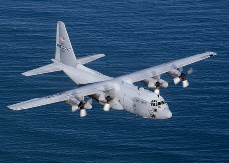 Kho mua C-130, Viet Nam co the chon may bay C-27J? - Anh 2