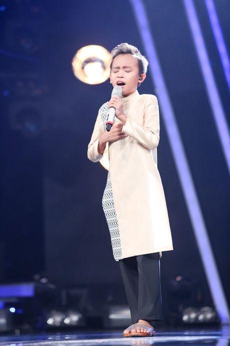 Vietnam Idol Kids: Ho Van Cuong khien giam khao 'rung roi' - Anh 2