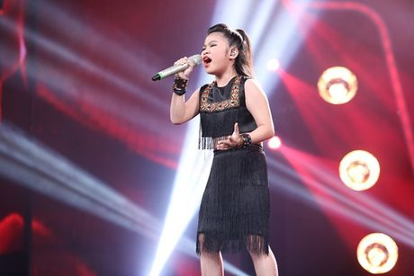 Vietnam Idol Kids: Ho Van Cuong khien giam khao 'rung roi' - Anh 3