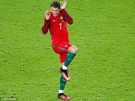 Ronaldo: Yen tam, toi se ghi ban tro lai - Anh 1