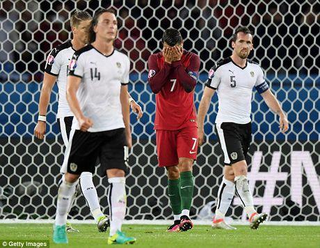 Ronaldo: Yen tam, toi se ghi ban tro lai - Anh 3