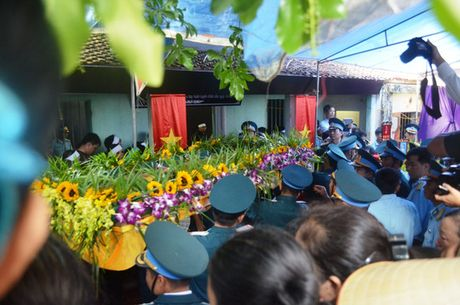Oa khoc don dai ta phi cong Tran Quang Khai - Anh 13
