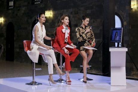 Cay hang hieu Ha Ho mac trong The Face co gia 'khung' co nao? - Anh 3