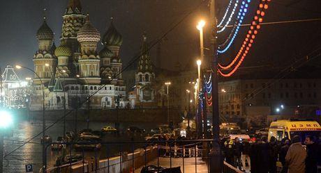 Nga cong bo vu khi da sat hai chinh tri gia doi lap Boris Nemtsov - Anh 2