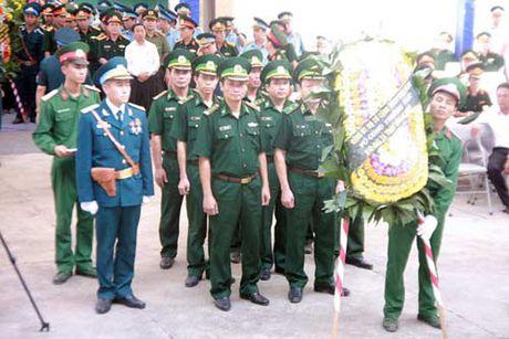 Xuc dong Le truy dieu Dai ta Tran Quang Khai - Anh 6
