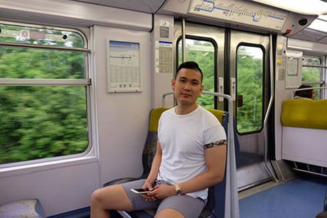Lo them anh Ky Duyen bi mat di Phap voi ban trai moi quen - Anh 7