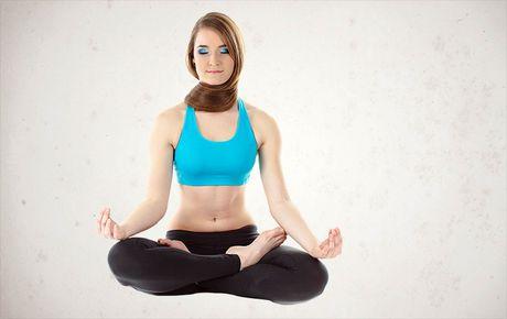 Co the deo dai, cuon hut hon voi 3 the yoga don gian, de thuc hien tai nha - Anh 3