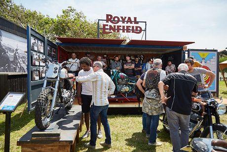 Royal Enfield ra mat hai mau xe do chinh hang - Anh 1