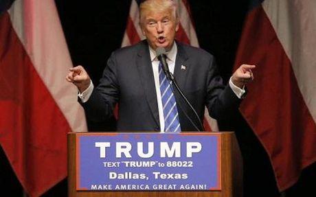 1.500 phu nu My tinh nguyen khoa than phan doi Donald Trump - Anh 1