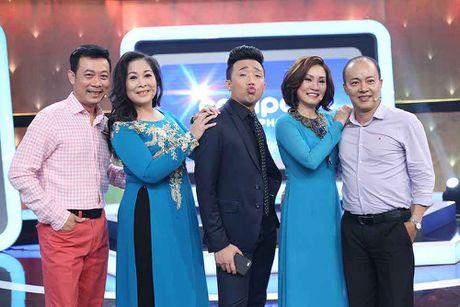 Hong Van - Duc Hai thang tuyet doi khi choi 'Nguoi bi an' - Anh 1