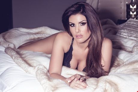 Jamie Becky tung anh sexy co vu chong - Anh 3