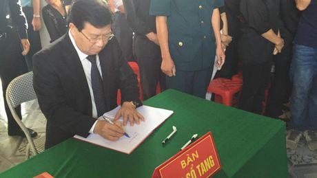 Pho Thu tuong du le truy dieu Dai ta phi cong Tran Quang Khai - Anh 2