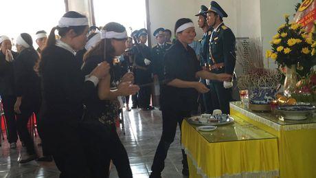Nghen ngao le vieng Dai ta Tran Quang Khai - Anh 12