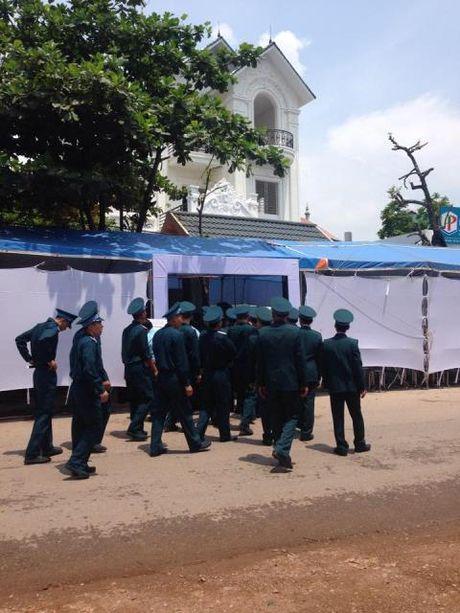 Ngay luc nay, gia dinh da san sang don Phi cong Tran Quang Khai tro ve - Anh 6