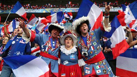 Nhung khoanh khac an tuong nhat o ngay thu 10 EURO 2016 - Anh 15
