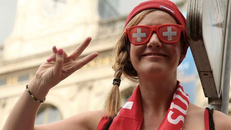 Nhung khoanh khac an tuong nhat o ngay thu 10 EURO 2016 - Anh 1