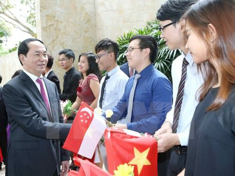 Chu tich nuoc gap mat cong dong nguoi Viet tai Singapore - Anh 1