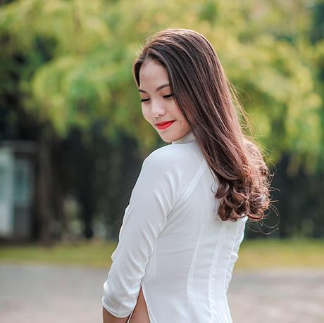 Ngo ngang nhan sac vo sap cuoi kem 20 tuoi cua Chi Anh - Anh 6