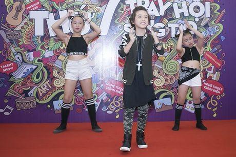 'Soai ca nhi' Idol Kids duoc co vu khi hat hit cua Son Tung - Anh 2