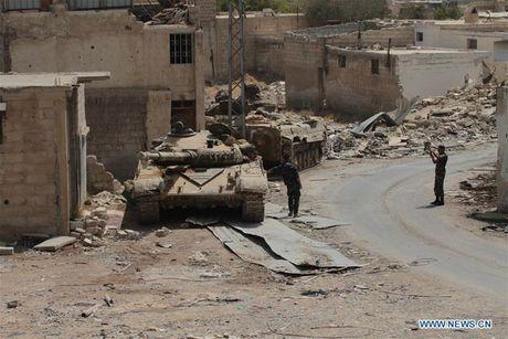 Anh: Quan doi Syria an mung chien thang tai thi tran Daraya - Anh 5