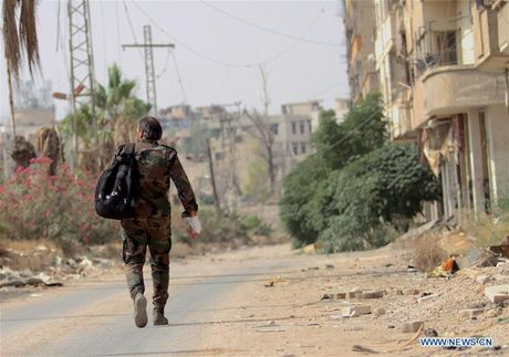 Anh: Quan doi Syria an mung chien thang tai thi tran Daraya - Anh 6