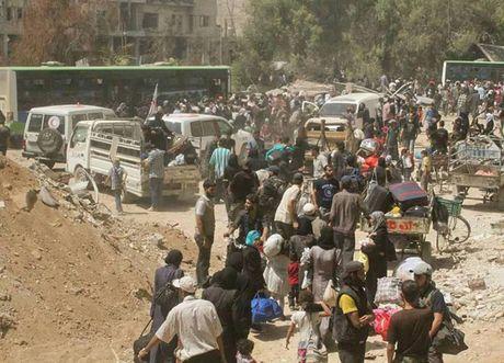 Anh: Quan doi Syria an mung chien thang tai thi tran Daraya - Anh 9