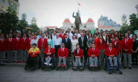 Doan the thao mang 'tinh than Hoang Xuan Vinh' den Paralympic Rio 2016 - Anh 1
