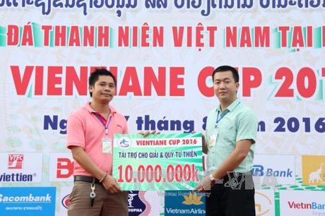 Tuoi tre Viet Nam tai Lao phat huy truyen thong tuong than tuong ai - Anh 1