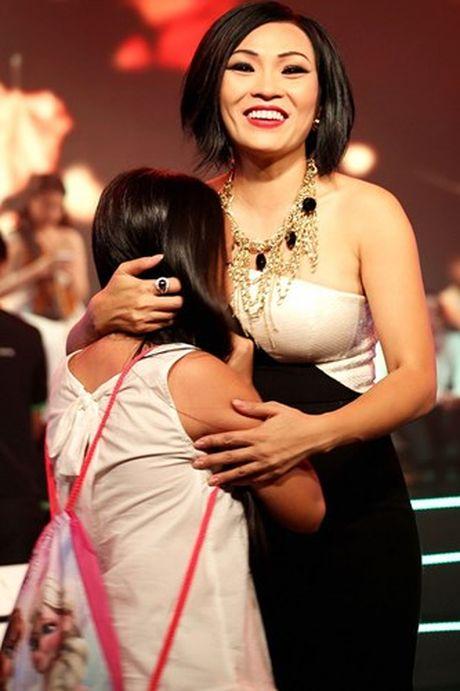 """Cuoc song giau sang khong tuong cua cac """"singer mom"""" showbiz Viet - Anh 7"""