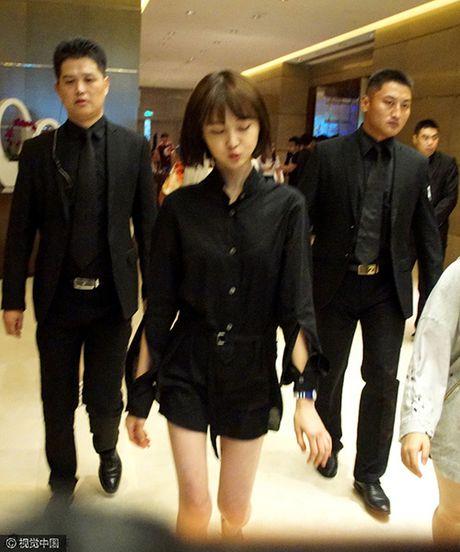 """Phat hoang truoc doi chan """"suy dinh duong"""" cua """"nang Co"""" Trinh Sang - Anh 3"""