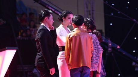 Giam khao The Voice Kids dau dau vi phai loai tro cung - Anh 5